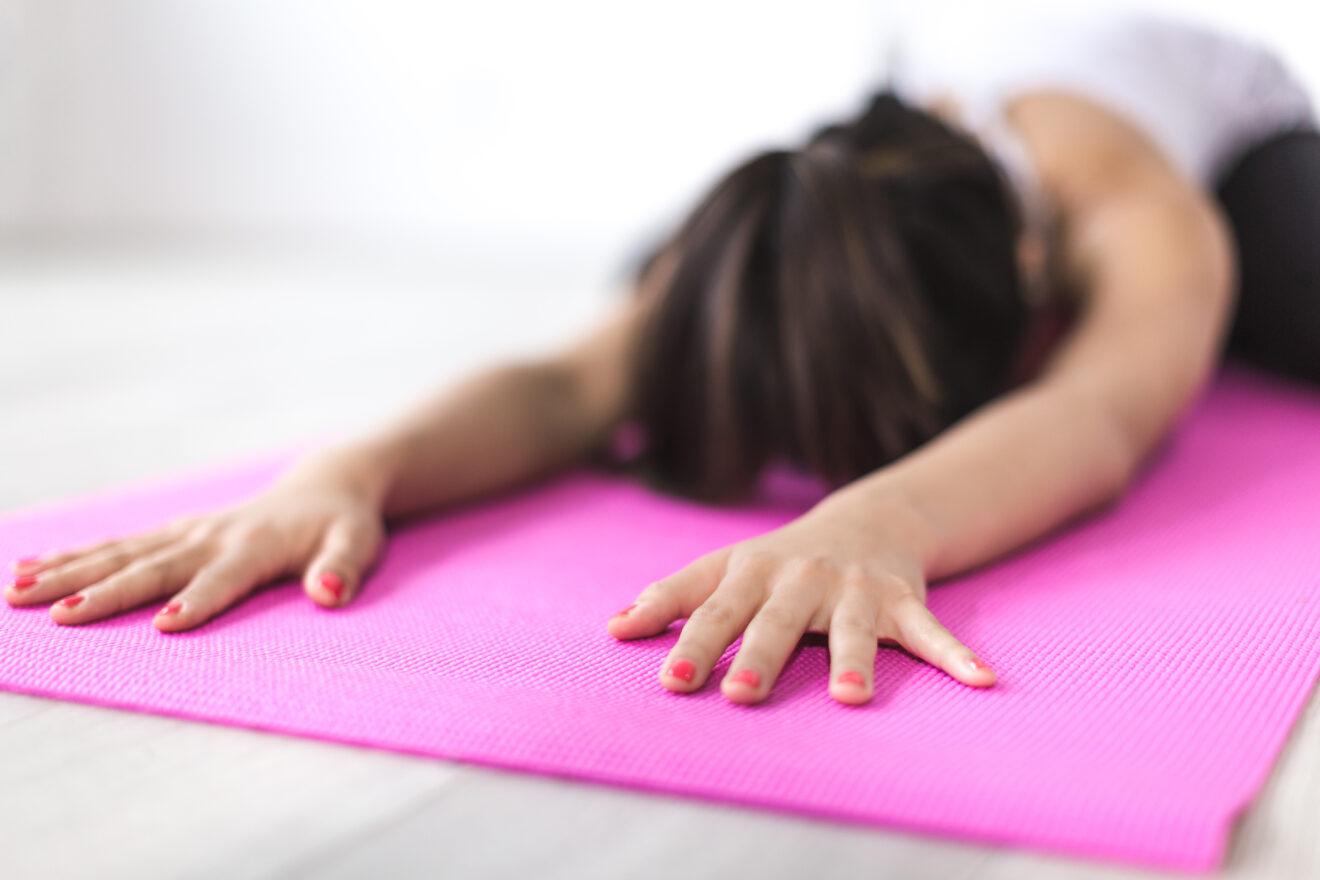 Strumenti ed accessori per praticare yoga in casa quali sono