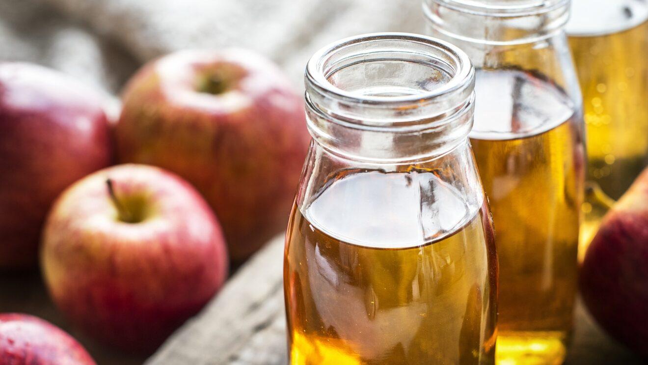 tè con aceto di mele e limone per dimagrire
