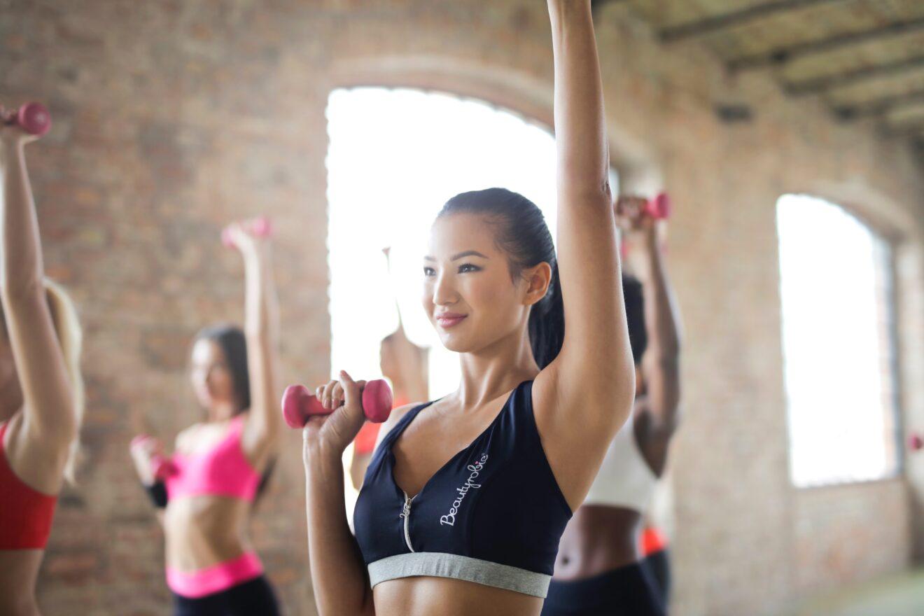 esercizi efficaci per dimagrire le braccia